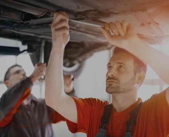 Taller Automotriz y Mecánicos a Domicilio 07