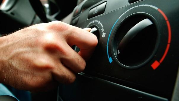 Talleres Mecánica Automotriz - Mecánicos a Domicilio - Blog - Cómo funciona y que fallas puede presentar el aire acondicionado del carro